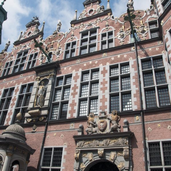 Shore excursion in Gdansk: Beautiful facades in the old town of Gdansk